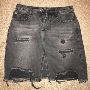 Dresses & Skirts - Black denim skirt 🖤